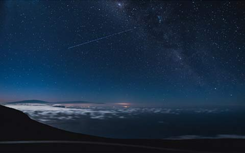 Maui haleakala crater at night